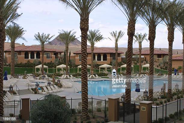 Palm trees surround the jacuzzi and pool at the Hyatt Regency hotel February 14 2001 in Las Vegas NV Actresses Julia Roberts and Catherine ZetaJones...