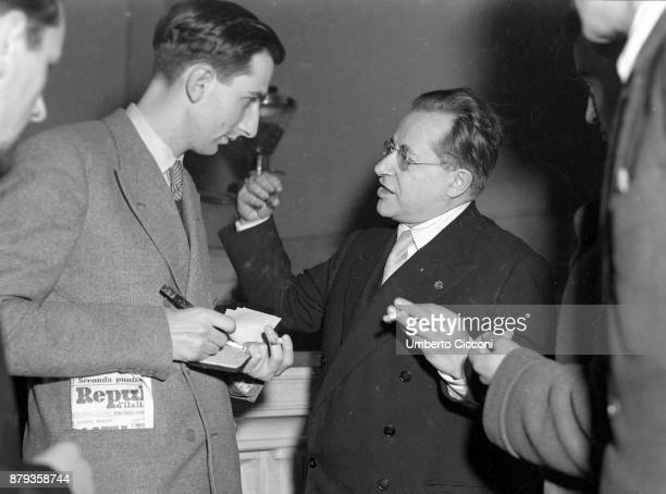 Palmiro Togliatti talks to a journalist 1948