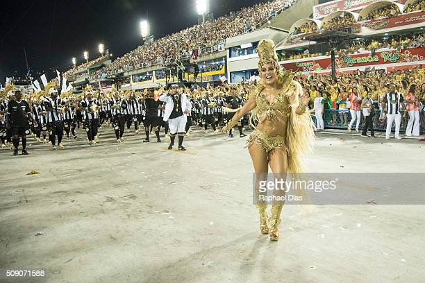 Paloma Bernardi dances during Grande Rio performance at the Rio Carnival in Sambodromo on February 7 2016 in Rio de Janeiro Brazil Despite the Zika...