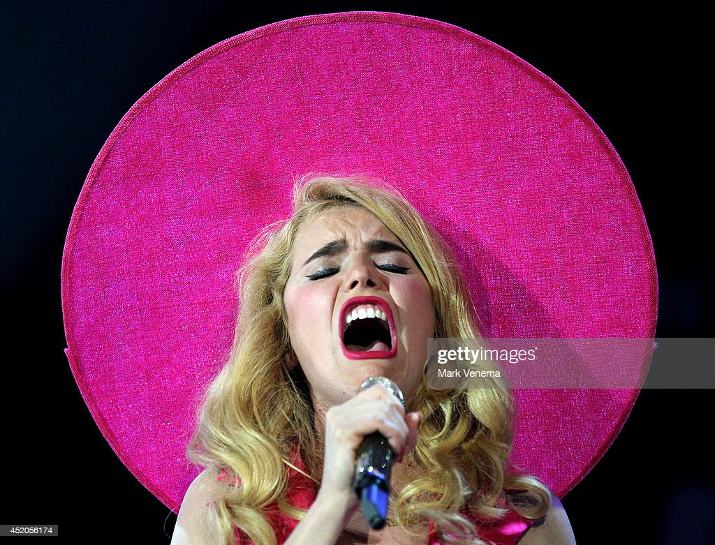 Paloma Faith performs at Day 1 of North Sea Jazz Festival at Ahoy on July 11, 2014 in Rotterdam, Netherlands.
