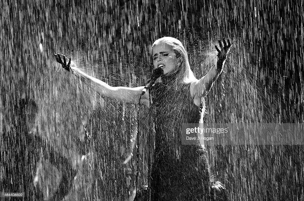 Paloma Faith performs at the BRIT Awards 2015 at The O2 Arena on February 25, 2015 in London, England.