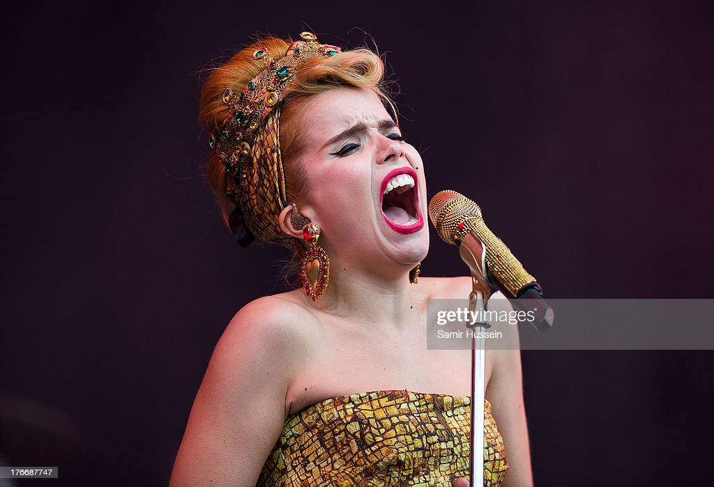 Paloma Faith performs live on the Virgin Media Stage on day 1 of V Festival at Hylands Park on August 17, 2013 in Chelmsford, England.