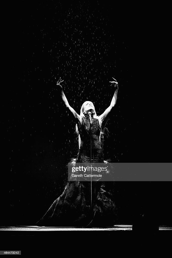 Paloma Faith performs on stage during the BRIT Awards 2015 at The O2 Arena on February 25, 2015 in London, England.