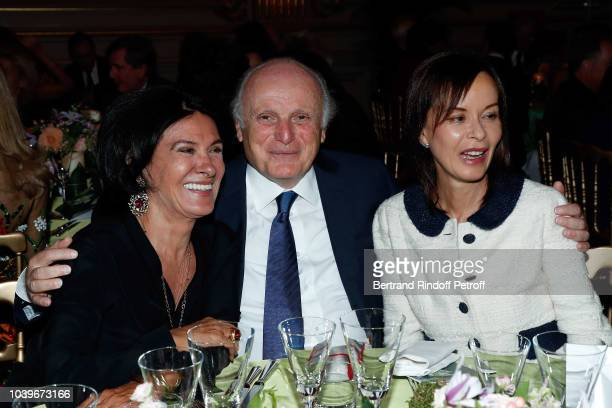 Paloma Picasso David Nahmad and Almine Rech Picasso attend Societe des Amis du Musee D'Orsay Dinner at Musee d'Orsay on September 24 2018 in Paris...