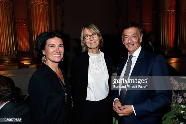 """Paloma Picasso, Francoise Nyssen and Jean-Paul Claverie attend """"Societe des Amis du Musee D'Orsay"""" Dinner at Musee d'Orsay on September 24, 2018 in..."""