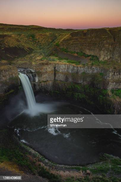 palouse falls state park washington pacific northwest - 2017 stock pictures, royalty-free photos & images
