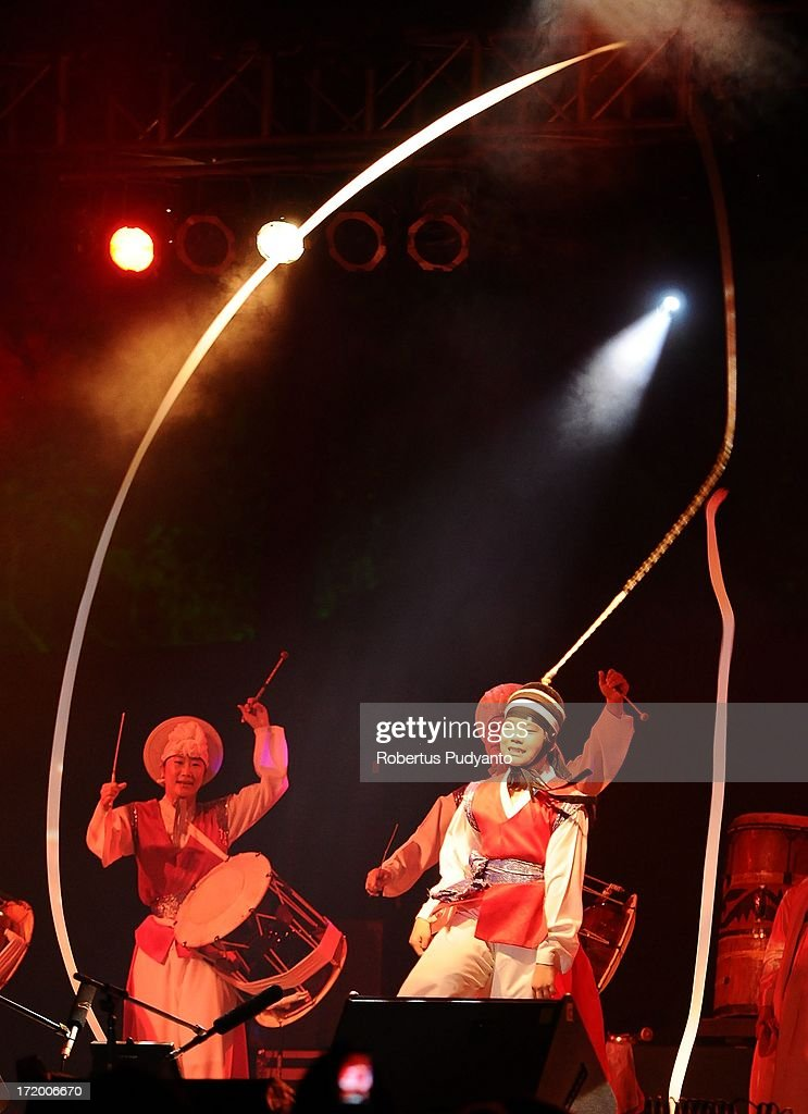 Palsandae, Korean Performing Arts featuring Korean traditional music with acrobatic and dance, Shamanic prayer songs, Pansori and Pangut in Rainforest World Music Festival at Sarawak Cultural Village on June 30, 2013 in Kuching, Sarawak, Malaysia.