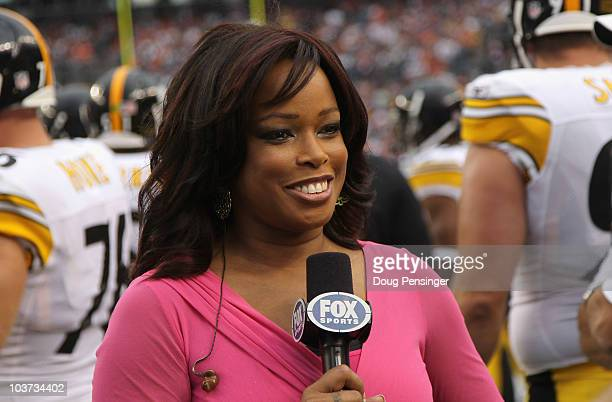 Pam Oliver sideline reporter for FOX Sports reports from the sidelines as the Pittsburgh Steelers face the Denver Broncos during preseason NFL action...