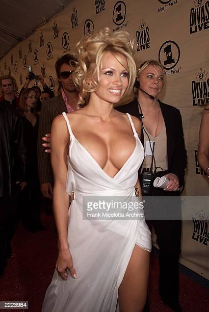 Pamela Anderson arriving at 'VH1 Divas Live The One and Only Aretha Franklin' held at Radio City Music Hall in New York City on Tuesday April 10 2001...