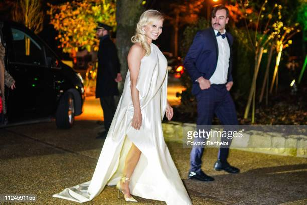 Pamela Anderson attends 17th 'Diner De La Mode' To Benefit Sidaction At Pavillon d'Armenonville, as part of Paris Fashion Week on on January 24, 2019...