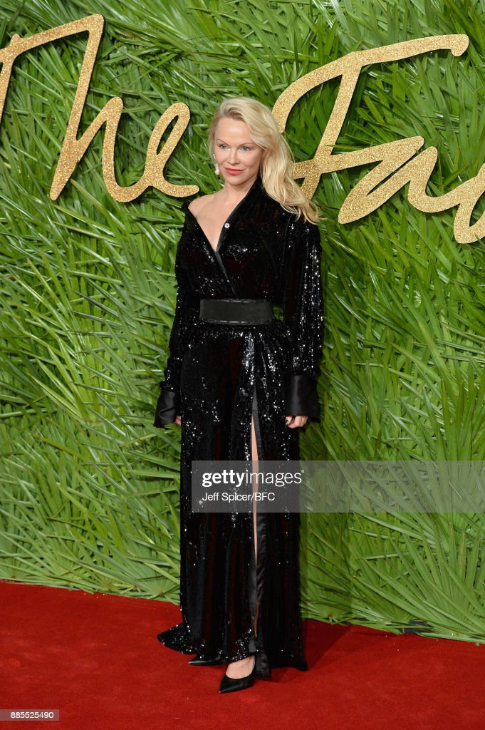 Pamela Anderson attends The Fashion Awards 2017 in partnership with Swarovski at Royal Albert Hall on December 4, 2017 in London, England.