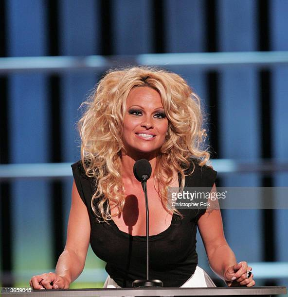 Pamela Anderson - Wikipedia