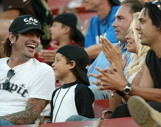 Inside Tommy Lee's Rocky History With Pamela Anderson | E ... |Tommy Lees Parents