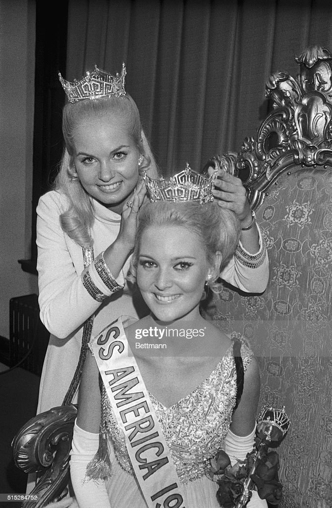 Miss America 1970 Being Crowned : News Photo