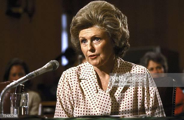 Pamela Harriman wife of exstatesman testifying before Senate Foreign Relations Committee hearing re Soviet relations