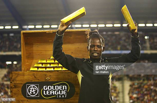 Pamela Jelimo of Kenya celebrates after winning the Golden League $1 Million Jackpot in the Women's 800m during the IAAF Golden League meeting at the...