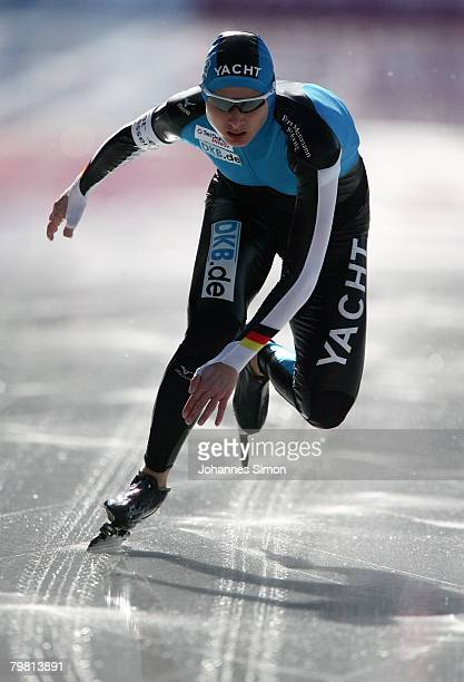 Pamela Zoellner of Germany competes in the 1000m heats during Day 2 of the Essent ISU Speed Skating World Cup at the Ludwig Schwabl Eisstadion on...