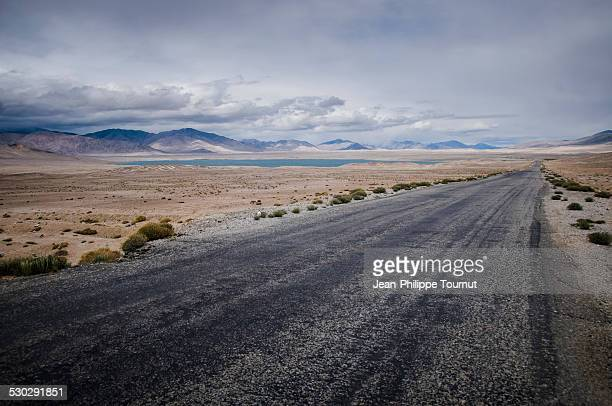 Pamir highway on the Pamir plateau (4000 metres)