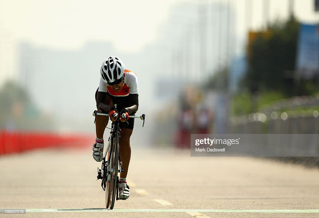 Pana Choudhary pushes herself to the line in the Womens Individual Time Trial during day ten of the Delhi 2010 Commonwealth Games on October 13, 2010 in Delhi, India.