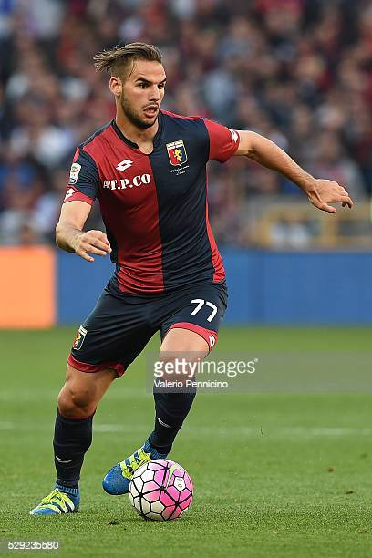 Panagiotis Tachtsidis of Genoa CFC in action during the Serie A match between Genoa CFC and AS Roma at Stadio Luigi Ferraris on May 2 2016 in Genoa...