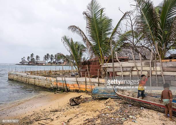 Panama San blas islands Mamitupu Protection against the rising sea level in a Kuna indian village on April 16 2015 in Mamitupu Panama
