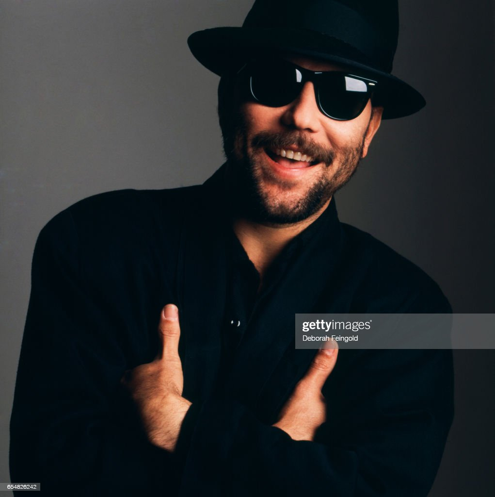 Panamanian singer, songwriter, actor political activist Ruben Blades poses in January 1987 in New York City, New York.
