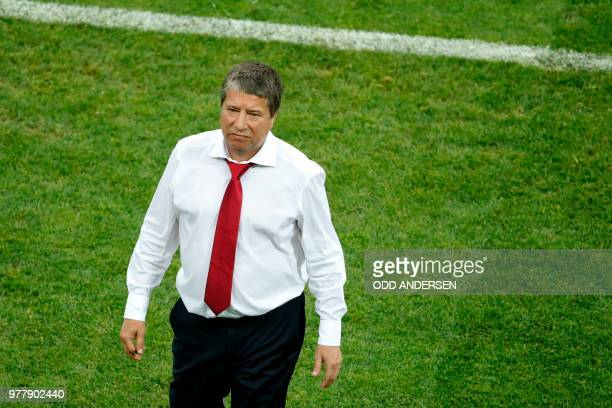Panama's coach Hernan Dario Gomez gestures after their defeat during the Russia 2018 World Cup Group G football match between Belgium and Panama at...