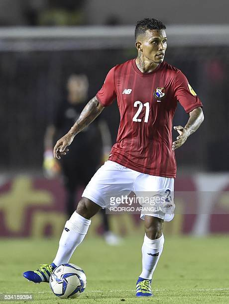 Panama's player Amilcar Henriquez controls the ball during the friendly match against Venezuela at the Rommel Fernandez Stadium in Panama City on May...
