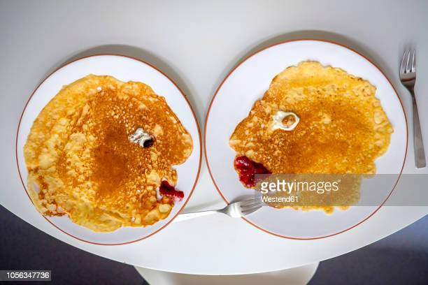 pancakes, faces on plates, overhead - irony stock pictures, royalty-free photos & images
