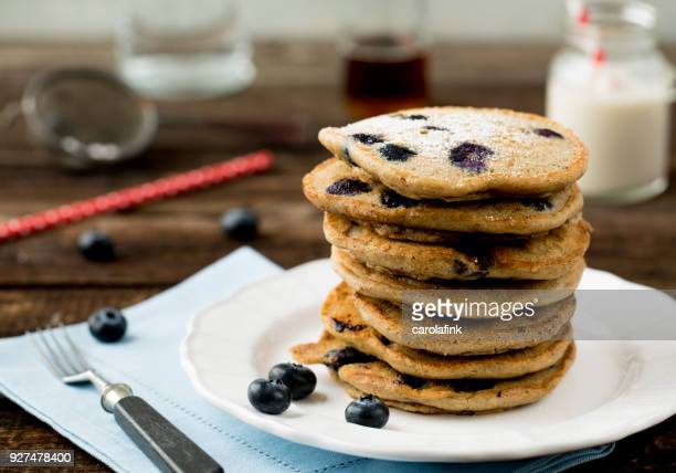 pancakes - carolafink stock pictures, royalty-free photos & images