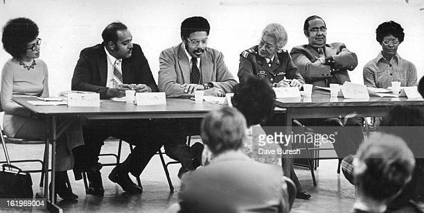 JAN 29 1974 FEB 4 1974 Panel Of Black Professionals Discusses Problems And Attitudes In Mental Health From left are Ms Marie Branch RN Henry Cooper...