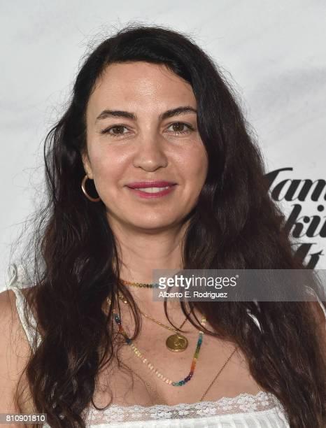 Shiva Rose Mcdermott Images et photos | Getty Images