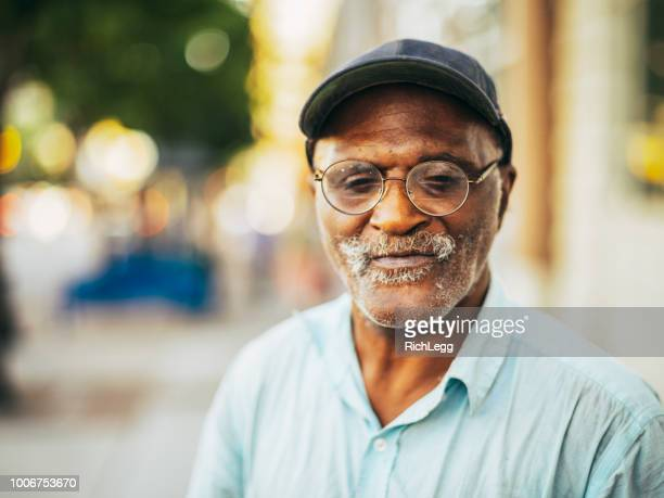 panhandler on the streets - homelessness stock pictures, royalty-free photos & images