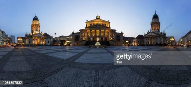 panorama berlin gendarmenmarkt at blue hour (berlin, germany) - deutscher dom stock pictures, royalty-free photos & images