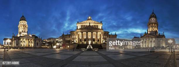 panorama berlin gendarmenmarkt at blue hour (berlin, germany) - gendarmenmarkt stock pictures, royalty-free photos & images