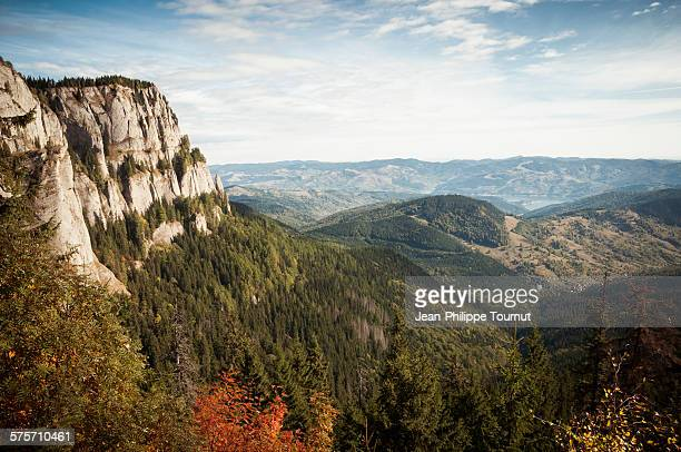 panorama from ceahlau massif in romania - moldavia fotografías e imágenes de stock