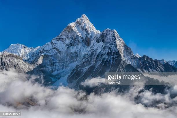 panorama of beautiful  mount ama dablam in  himalayas, nepal - mountain peak stock pictures, royalty-free photos & images