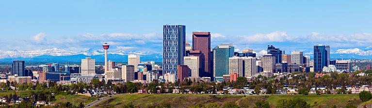 Panorama of Calgary and Rocky Mountains 466881854