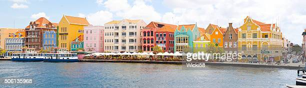 panorama of historic punda downton willemstad curacao - curaçao stockfoto's en -beelden
