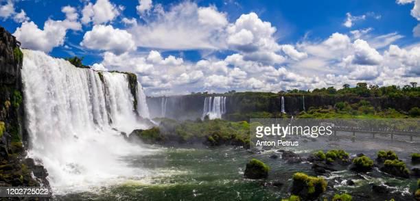 panorama of iguazu waterfalls. beautiful panorama with clouds - organização das nações unidas - fotografias e filmes do acervo