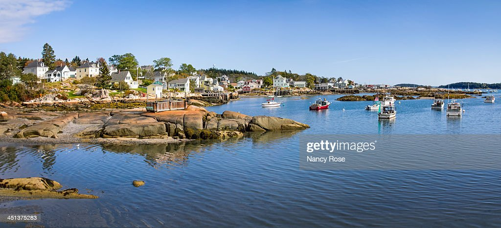 Panorama of picturesque fishing village : Foto de stock