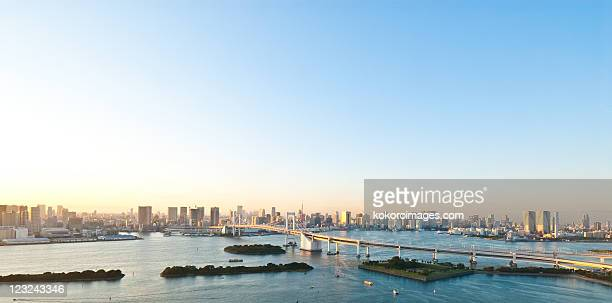 panorama of rainbow bridge and tokyo bay - 全景 ストックフォトと画像