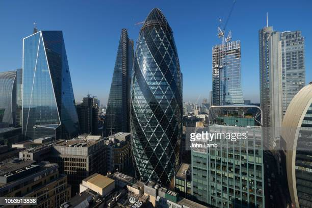 panorama of the city of london financial district - image photos et images de collection