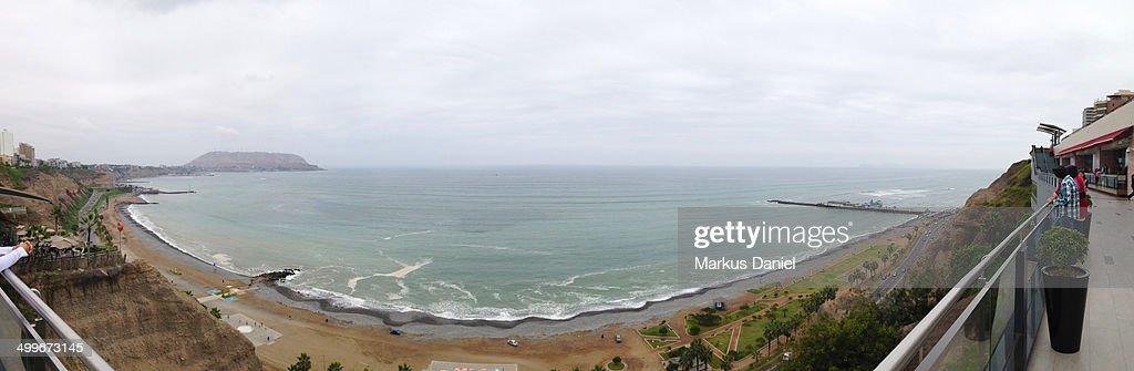 Panorama of the Coast in Lima, Peru from Miraflore : Stock-Foto