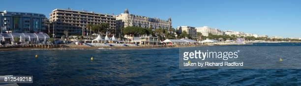 panorama of the promenade de la croisette and beach, cannes - cannes photos et images de collection