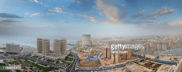 トリポリ市のパノラマ - リビア ストックフォトと画像