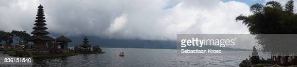 panorama on pura ulun danu bratan and lake, bedugul, bali, indonesia - meru filme stock-fotos und bilder