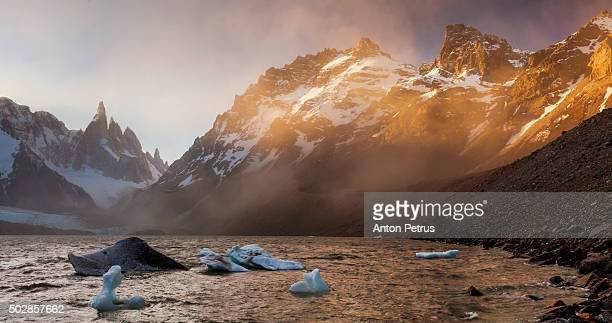 panorama sunset at the mountain cerro torre - anton petrus stock pictures, royalty-free photos & images