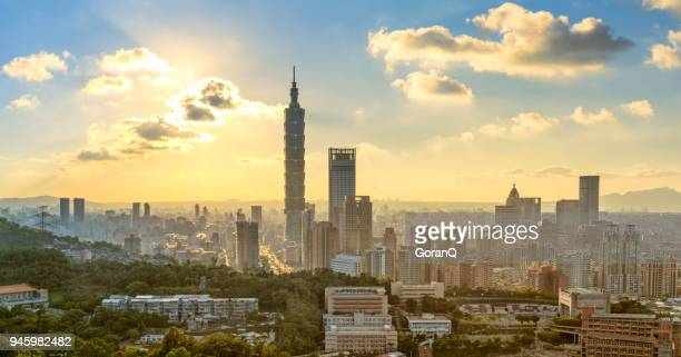 panorama view of taipei city at dawn , taiwan - taipei stock pictures, royalty-free photos & images