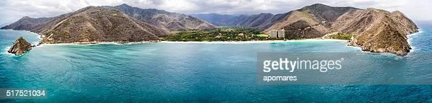 vista aérea panorámica de cata bahía mar caribe, venezuela - paisajes de venezuela fotografías e imágenes de stock